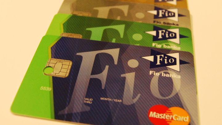 Bezpoplatková Fio banka zvyšuje zisk. Chystá karetní novinky