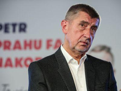 Živě: Syn byl na Krymu šťastný, tvrdí premiér Babiš a děkuje Protopopovi