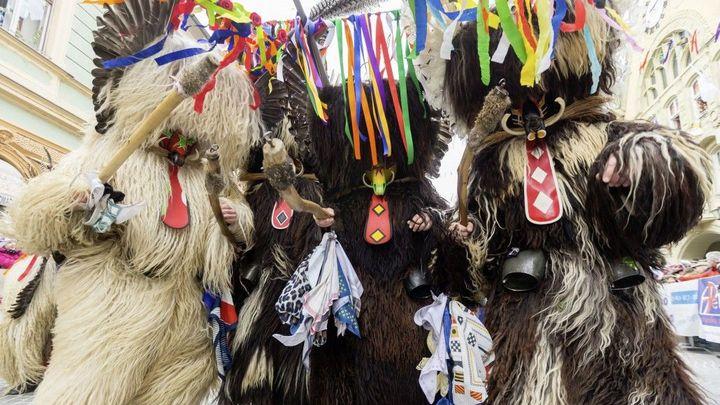 Slovinské město Ptuj slaví tradiční Kurentovanje, jeden z nejkrásnějších masopustů v Evropě