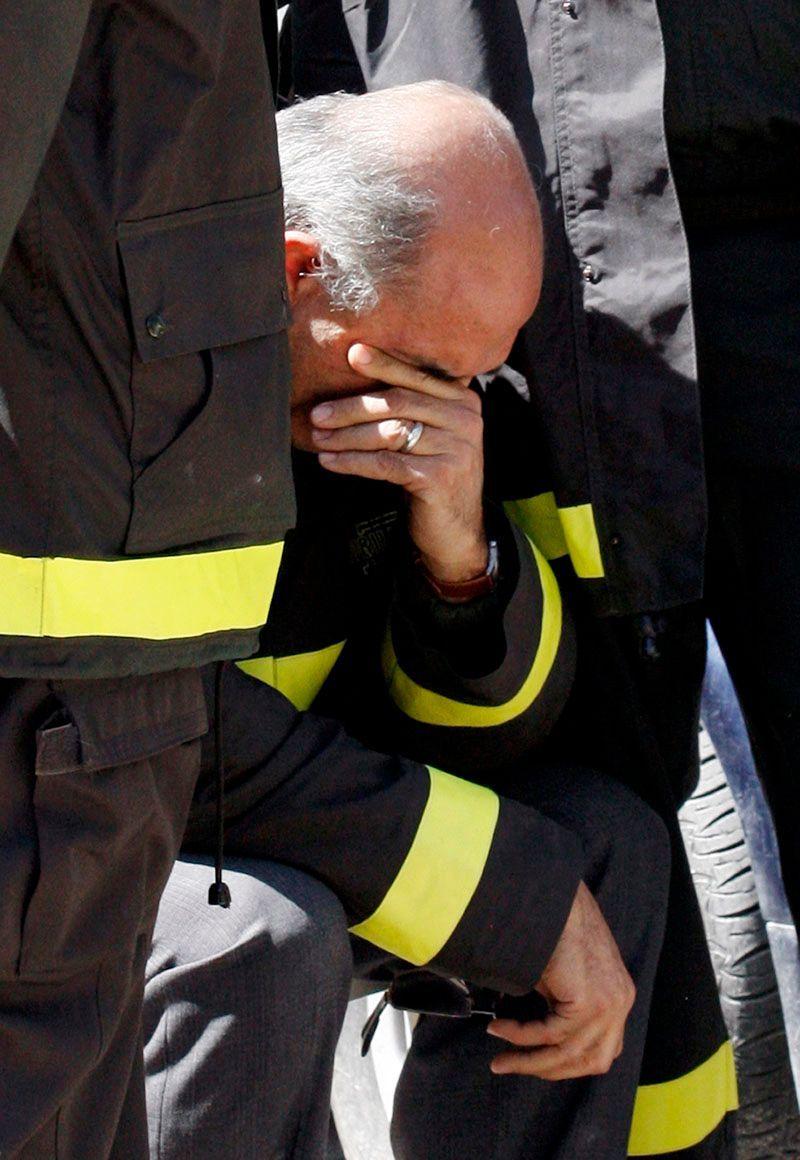 dva hasiči datování