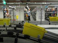 Skladníci za 110 korun na hodinu. Amazon nabírá nové lidi