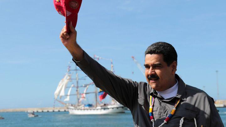 Lidé prodávají vlasy, aby měli na jídlo. Venezuelu s obří inflací má zachránit nová kryptoměna Petro