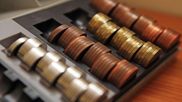 Pokladny na finančních úřadech jsou drahé. Některé tak zmizí