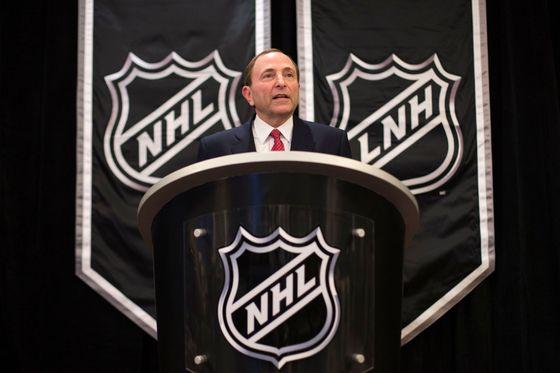 Komentář: Převychováme kouče. Z Me Too dělá NHL divadlo, klidně vyhodí peníze z okna