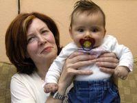 65letá Němka porodila čtyřčata, nyní má již 17 dětí