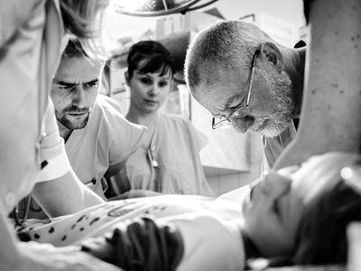 Čeští vědci chtějí léčit rakovinu jinak. Navrhují útočit nejen na nádory, ale i růst metastáz