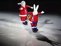 Oblékat králíky není sranda, říká autor maskotů MS v hokeji