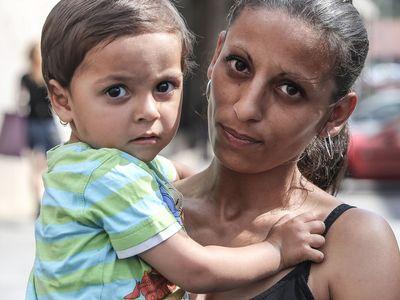 """""""Jestli přijdu o děti, pukne mi srdce."""" Lidé z končících ubytoven hledají bydlení, čas se jim krátí"""