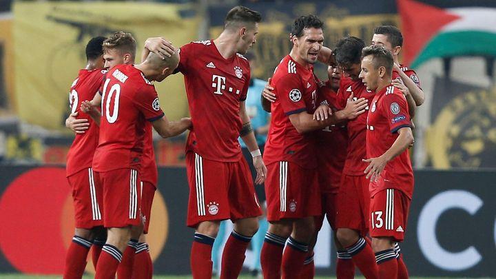 Bayern udolal Atény, Bern poprvé v Lize mistrů bodoval