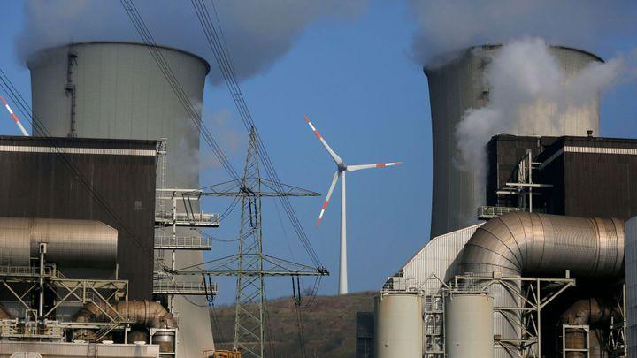 Energetický obr E.ON si po rozdělení ponechá všechny dluhy