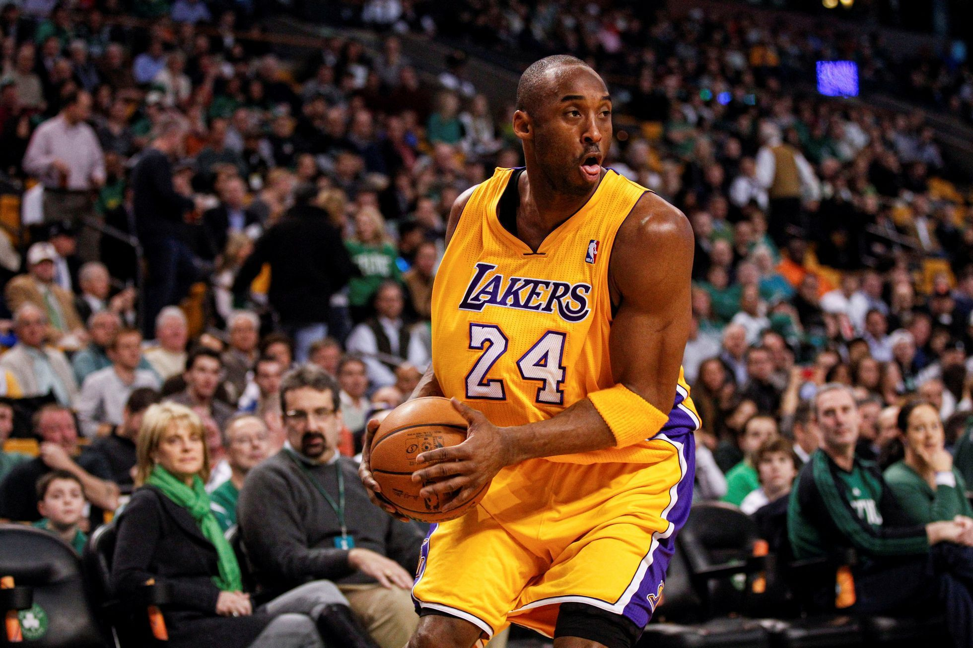 FILE PHOTO: NBA: Los Angeles Lakers at Boston Celtics