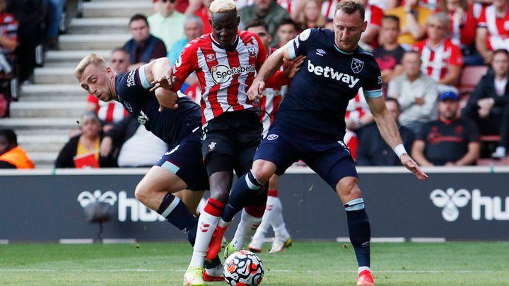 Southampton - West Ham 0:0. Kladiváři vrhají síly do útoku, šance ale nepřichází; Zdroj foto: Reuters