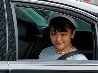 Ve světě existuje mnoho královských rodin. Nedávno vzbudila pozornost svatba japonské princezny Mako, sňatkem přišla o titul.
