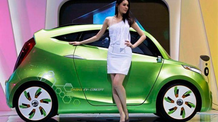 Nová auta pro rok 2015. Přečtěte si, co chystá vaše značka