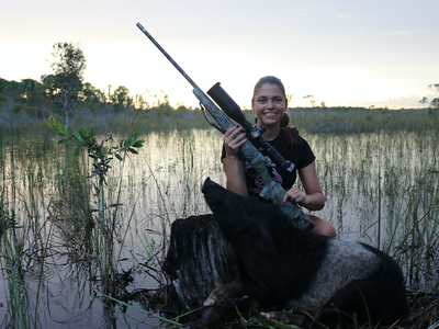 Střílet šelmy je hnusné, ale planeta je na to nastavená, tvrdí kontroverzní lovkyně