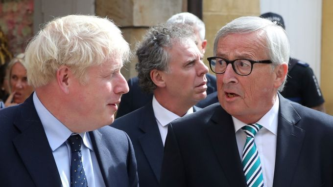 Boris Johnson a Jean-Claude Juncker.