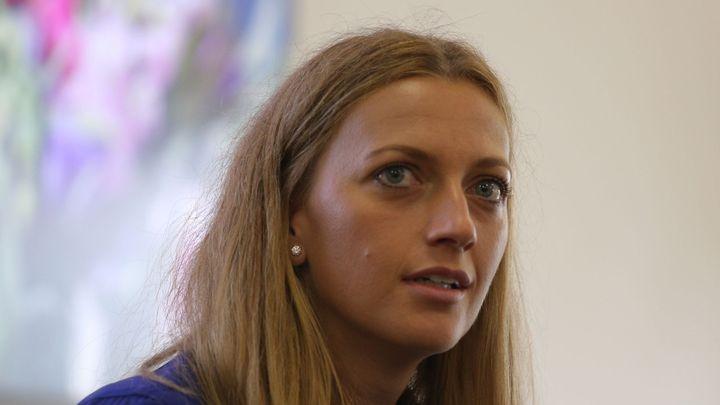Násilníkovi, který zranil Kvitovou, hrozí dvanáct let za mřížemi. Policie chce případ uzavřít v létě