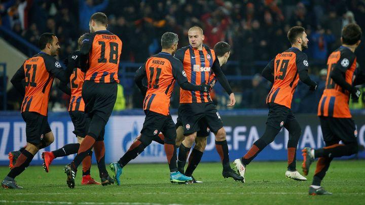 Šachtar otočil první osmifinále Ligy mistrů proti AS, Sevilla hrála s United bez branek