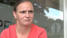 Novopečená matka nesplácela půjčky. S exekucemi pomohl otec jejího přítele