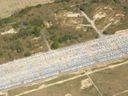 Exkluzivní záběry z výšky: Škoda odkládá na letiště tisíce aut