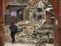 Přes 3218 mrtvých. Obětí zemětřesení každou hodinu přibývá