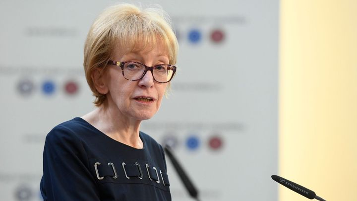 Policie: Válková zločinnou minulost Urválka znala, o šikaně disidentů nemohla nevědět