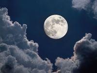 Večer vzhlédněte k nebi, čeká na vás modrý měsíc