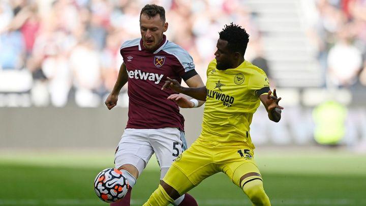 West Ham - Brentford 1:1. Hammers v závěru srovnali a útočí na obrat; Zdroj foto: Reuters
