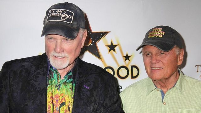 Bruce Johnston a Mike Love