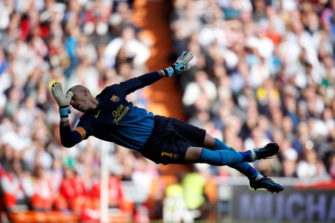 Real Madrid - Barcelona:  Victor Valdes