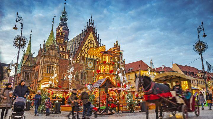 Těšíte se na vánoční trhy? Máme pro vás tipy na destinace nedaleko českých hranic