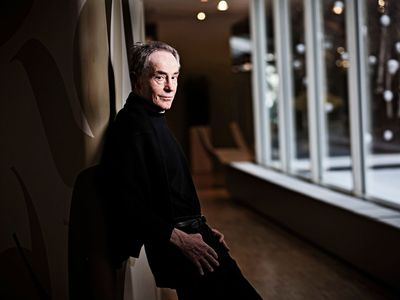 Zemřel legendární herec Jan Tříska. Podlehl vážným zraněním po pádu z Karlova mostu