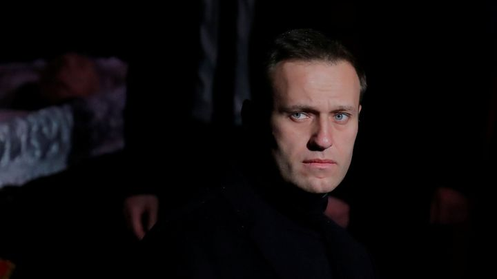 Otrávil mě Putin, je přesvědčený opoziční předák Navalnyj. Trvá na návratu do Ruska