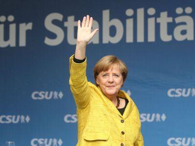 Merkelová jede dál, Německo nenáckovatí, EU drží. Další injekce proti české skepsi