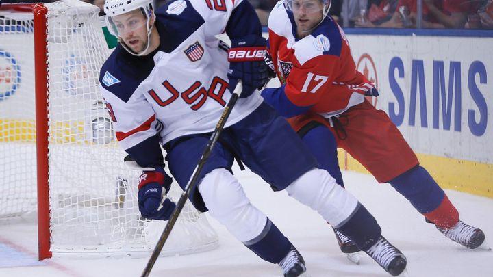 Češi sází na zkušenosti z NHL, USA na univerzity. Porovnejte si oba týmy před čtvrtfinále