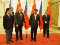 Hála: Že je vyšetřovaný Jie Ťien-ming stále poradcem Zemana? Zdržovací taktika, jako prověrka Mynáře