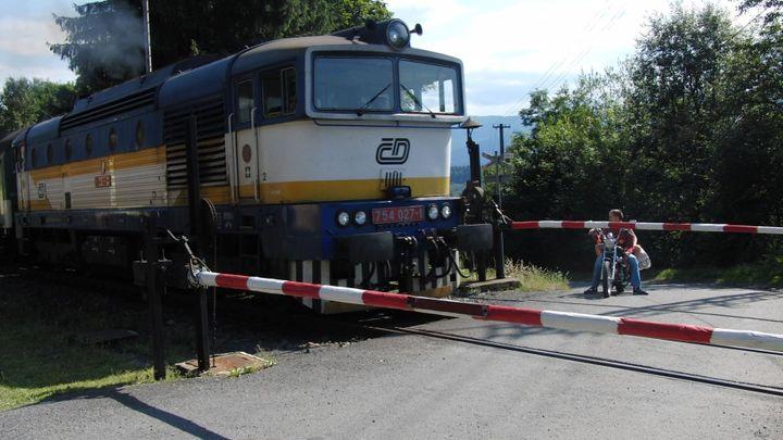 Na Táborsku hořela lokomotiva, České dráhy nasadily náhradní autobusovou dopravu