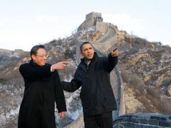 The US must count with China as the new rising superpower. US President Barack Obama at the Great Wall in China