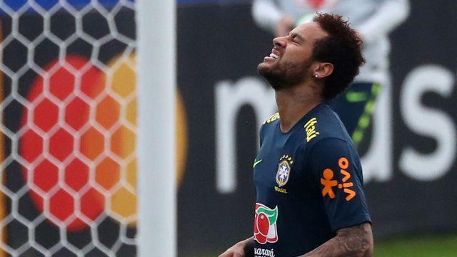 d8879ec94eba1 Brazílie se bude muset na Copa Américe obejít bez Neymara, zranil si kotník