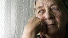 Exekucí na důchod přibylo, týká se už 80 tisíc penzí. U poloviny ale není možné peníze zabavit