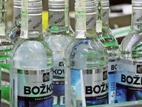 Výrobce fernetu zažívá prudký pád. Poláci nekupují vodku a akcie klesají o 30 procent