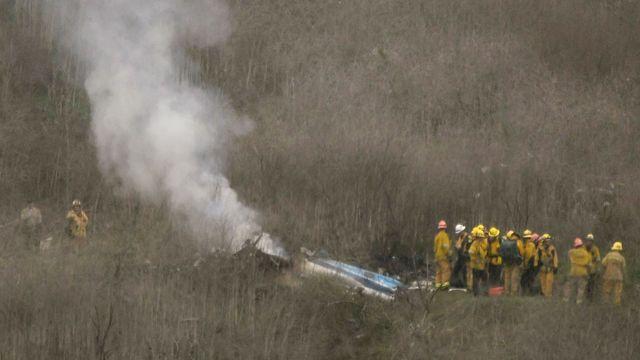 Bryantův vrtulník v rychlosti 184 km/h narazil do skály. Na vině byla hustá mlha