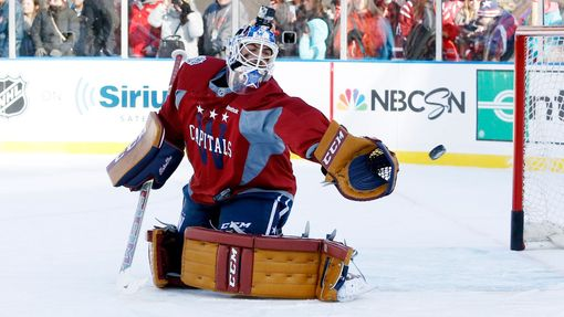NHL: Winter Classic 2015 (Braden Holtby)
