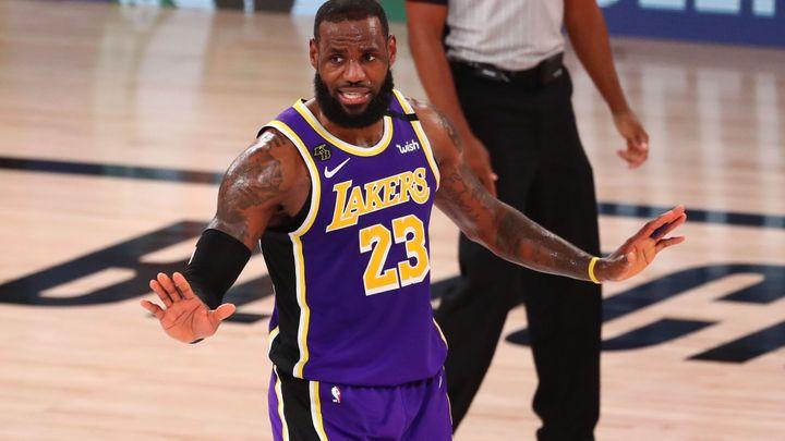 """LeBron rozstřílel svůj """"rodný"""" Cleveland. Stavil jsem se na oběd u matky, vysvětloval"""