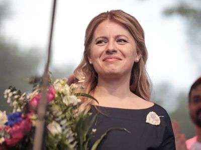 Slovensko má dva roky prezidentku a v minulosti i vládě předsedala žena. Podle odborníků je na tom ale s ženami v politice podobně bídně jako Česko.