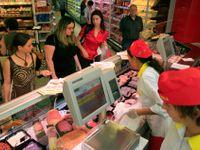 Prodavačky promluvily: Deset věcí, které jim v obchodě nejvíc vadí - možná i na vás