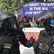 Na Václavském náměstí demonstrovali fanoušci SPD, odpůrce těžkooděnci vytlačili