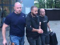 Policie obvinila pět Nizozemců za útok na číšníka v Praze, hrozí jim až 10 let