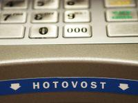 Nové banky lákají, účet zkouší už každý pátý Čech