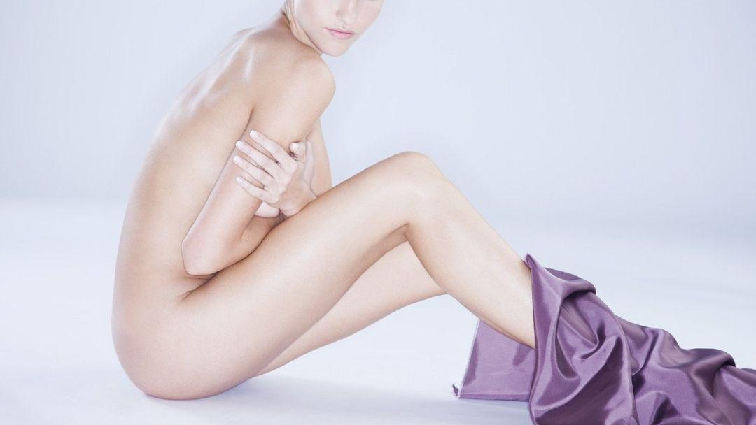 Než nahé ženské modely